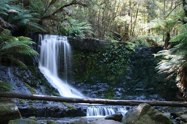 Horseshoe Falls, Tasmania, Australia - © CKoenig