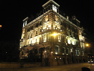 Eastriver barcelona de noche for Noche hotel barcelona