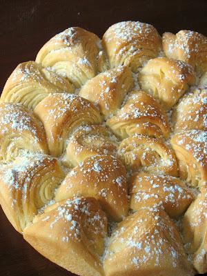 Tartelette: Sunflower Bulgarian Bread: WTSIM Easter Basket