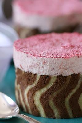 Rhubarb Mousse Cake-Copyright©Tartelette 2008