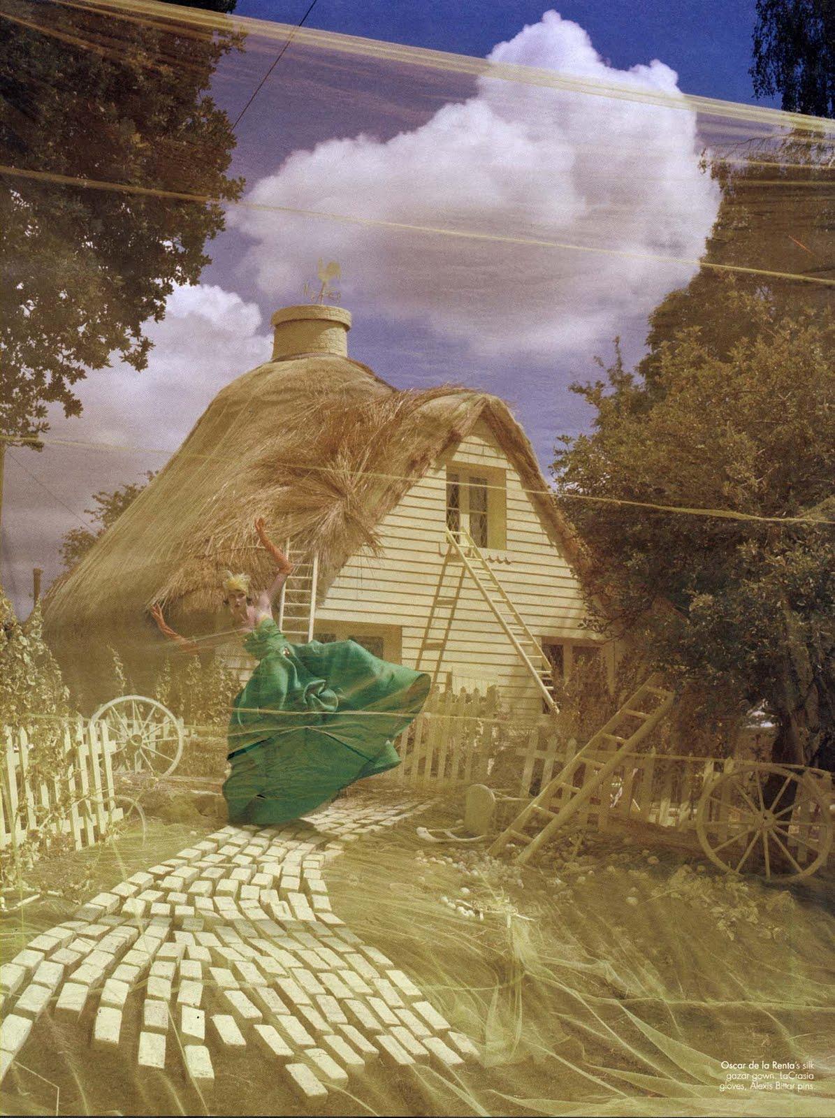 http://2.bp.blogspot.com/_ogSQjynqHEE/TJJxp8-WgSI/AAAAAAAAEMU/7qtTsZ1YlbU/s1600/Karlie2a.W.October2010.jpg