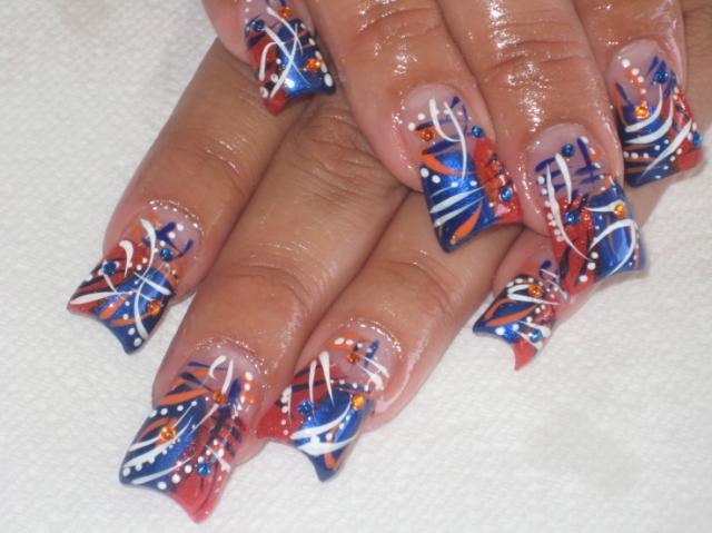 http://2.bp.blogspot.com/_ogzlTs8Sr6U/TII_gweyFwI/AAAAAAAABaw/EAdcApOFHrQ/s1600/nail-art-design.jpg