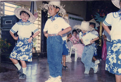 curtsy, salakot folk dance, gay child