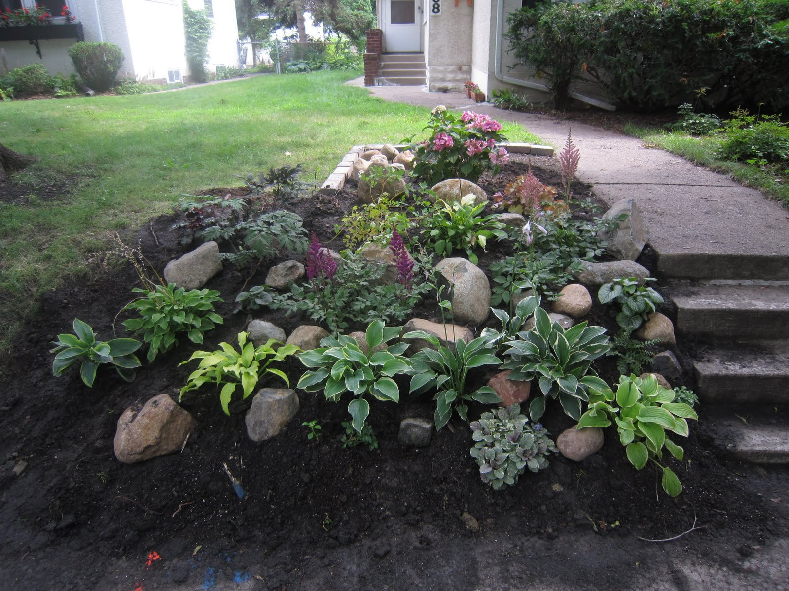 My brillian design landscaping on a hillside ideas for Garden scaping ideas