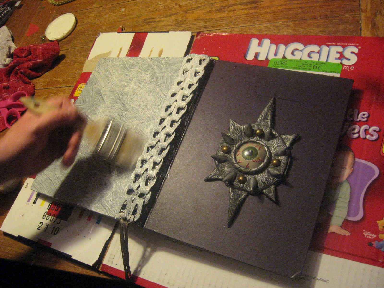 how to make oversized book prop