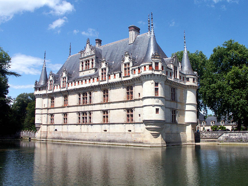 days on the claise azay le rideau the exterior. Black Bedroom Furniture Sets. Home Design Ideas