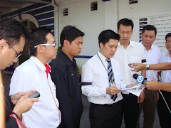 Police Report against Khairy Jamaluddin