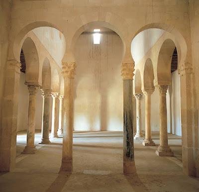 Todo arte arte moz rabe ejemplos de arquitectura for Arquitectura mozarabe