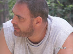 Marius Chivu - prezentatorul emisiunii