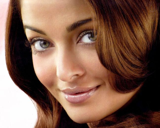 Aishwarya Rai Latest Hairstyles, Long Hairstyle 2011, Hairstyle 2011, New Long Hairstyle 2011, Celebrity Long Hairstyles 2314