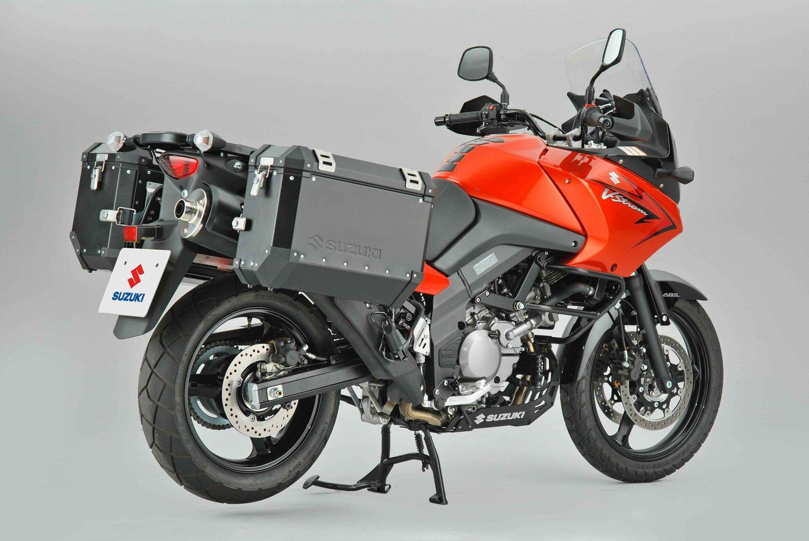 http://2.bp.blogspot.com/_ooiqCxFab5Y/TG5o9Q5AJzI/AAAAAAAAAyE/7DR6QFN6rJ4/s1600/Suzuki+V-Strom+650A+XP+Rear+Side.jpg