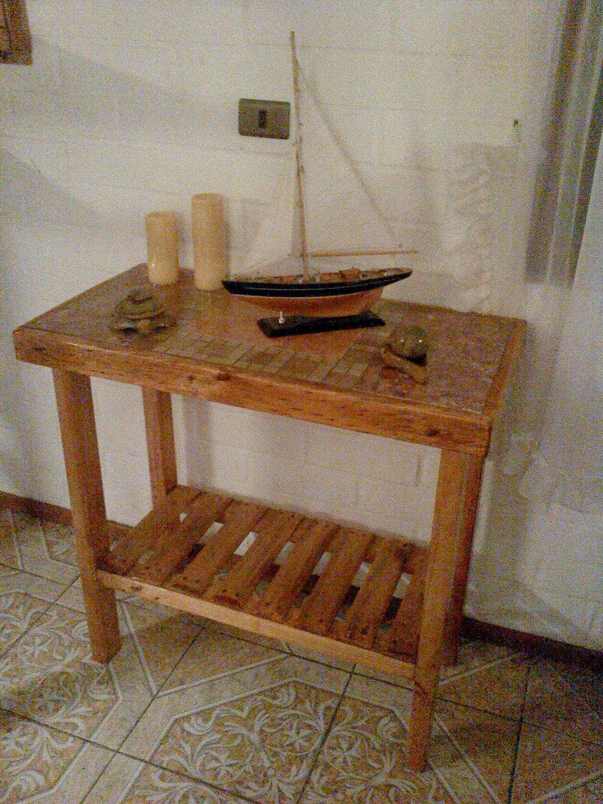 Muebles Rusticos Buin: Mesas de Arrimo
