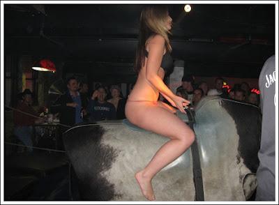 Sexy bull riding 7 Sexy bull riding!