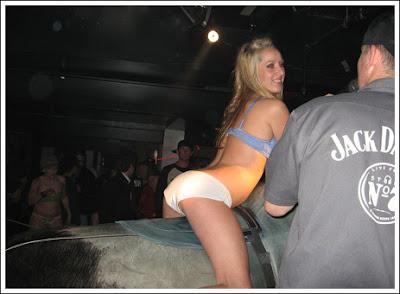 Sexy bull riding  Sexy bull riding!