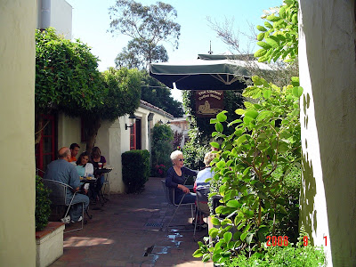 The Carmel-by-the-Sea WATCHDOG!: Eclectic Courtyards & Passageways ...