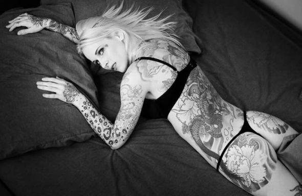 tattoos on girls. side body tattoos