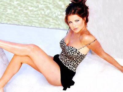Yasmine Bleeth Pictures