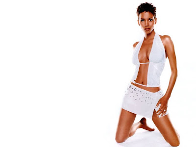 Halle Berry Hot Pics