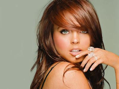 Lindsay Lohan Posters | Sexy Photos