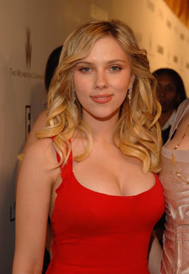 Scarlett Johansson Photos - All In Hot Red