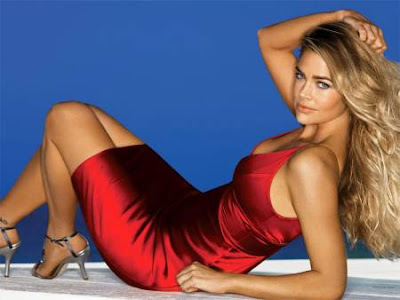 Red And Hot Denise Richards - Stripper