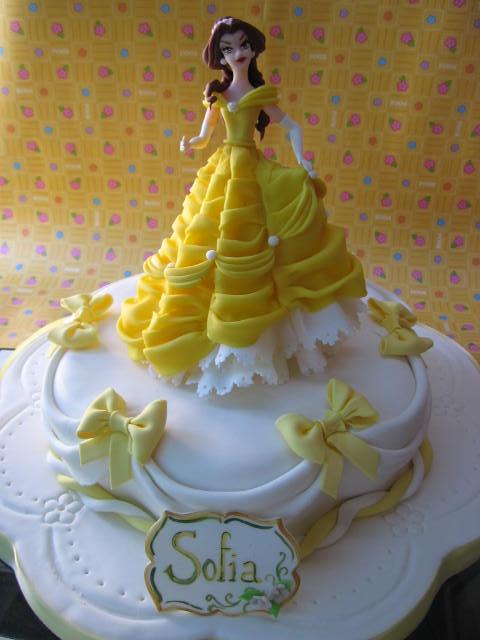 Video description pastel la bella y la bestia por city of cakes