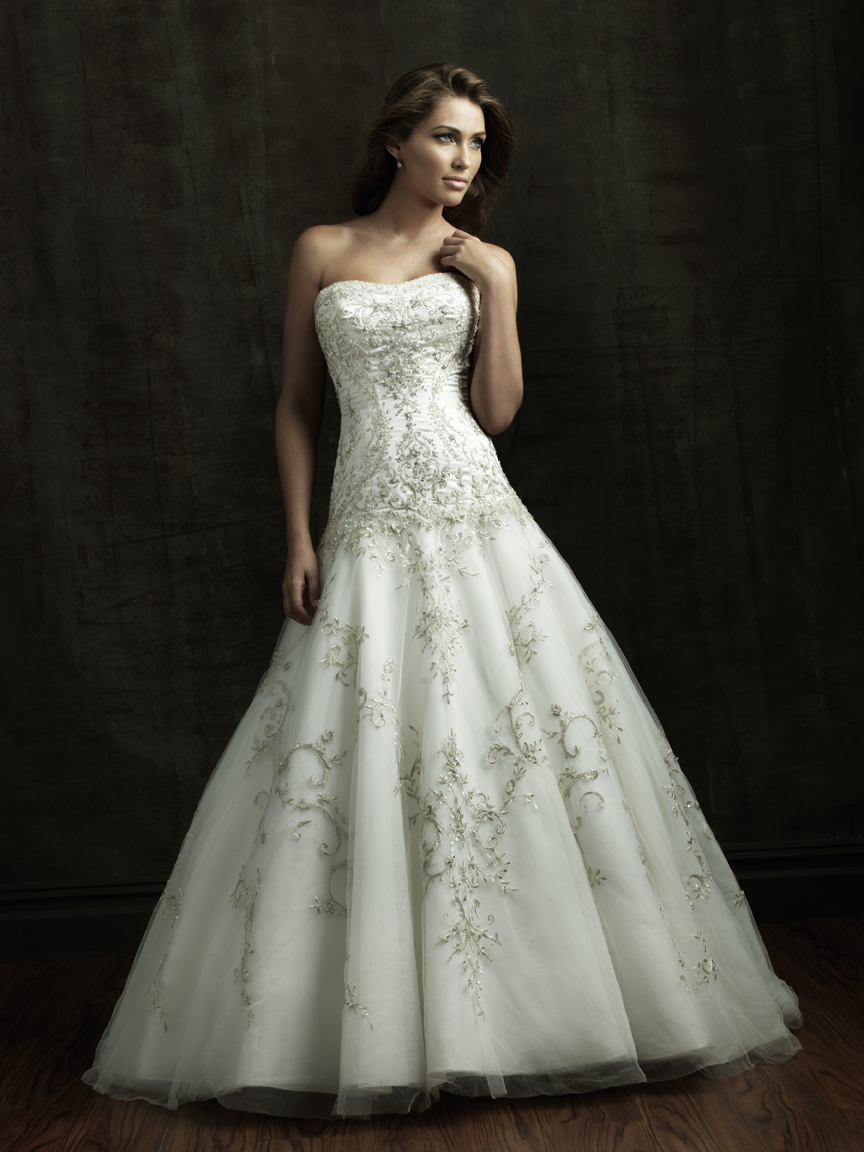 Unique Wedding Dress Features
