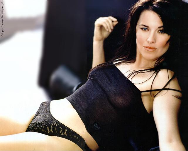 Lucy Lawless Hot Am