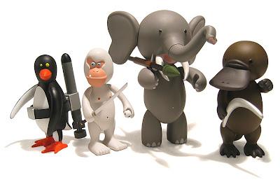 I.W.G. mini figure toy set