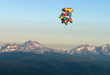 Deckchair balloonist