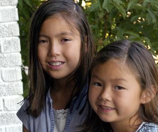 Miya Peyregne and her sister Tiffany