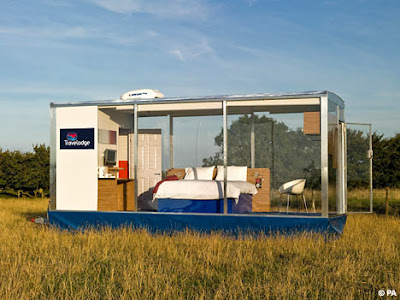 The world's 'first mobile hotel room'