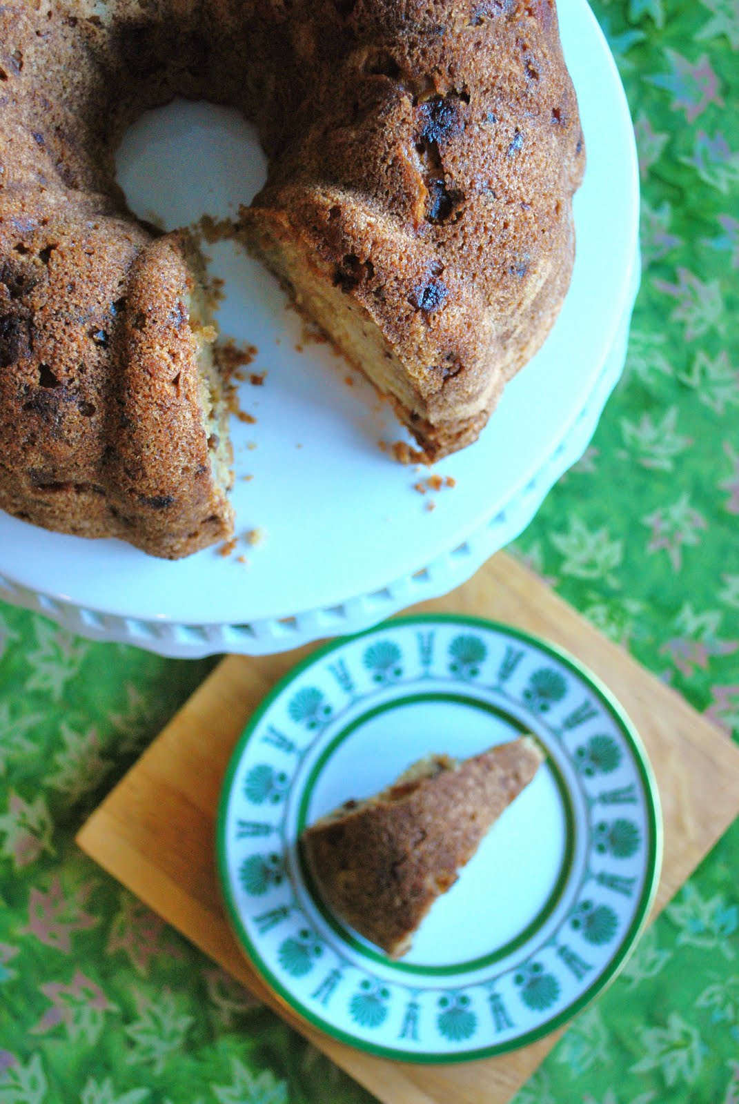 The Capitol Baker: Apple Cake