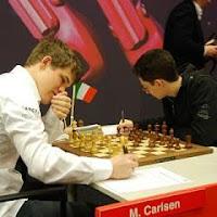 Partida de ajedrez Carlsen - Caruana en el Torneo de Ajedrez de Corus 2010