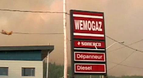 Estacion gasolina Wemogaz Wemotaci Quebec Canada