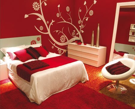 Black Bedroom RED GOLD And WHITE Or CREAM. Red and gold bedroom