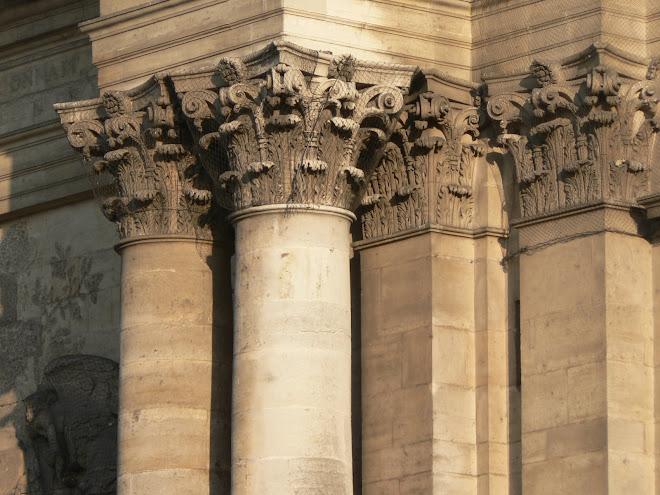 Cathédrale (colonnes et pilastre)