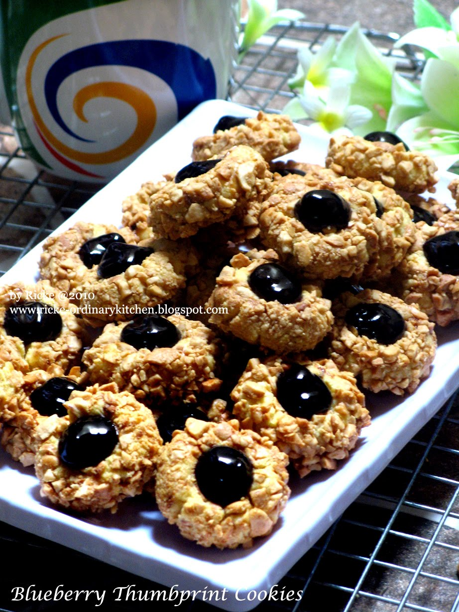 Just My Ordinary Kitchen...: BLUEBERRY THUMBPRINT COOKIES