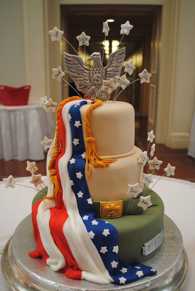 Eagle Scout Cake Ideas http://kattmanncreative.blogspot.com/2010/10/scout-it-out.html