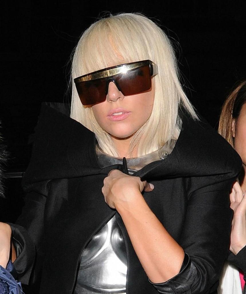 Celebrity Style ViNtage SunglasSes: GIANNI VERSACE VINTAGE ...