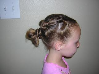 knot hairdo