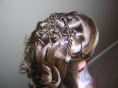 hairstyle for flower girl