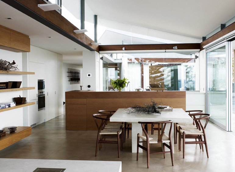 Contemporary-luxury-dining-room-interior-design-with-modern-wooden-table-and-chairs-design-ideas.