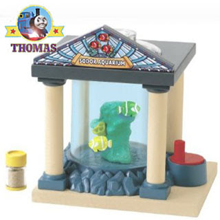 Brio Thomas and Friends charming tropical Aquarium that has swimming around moving fishers