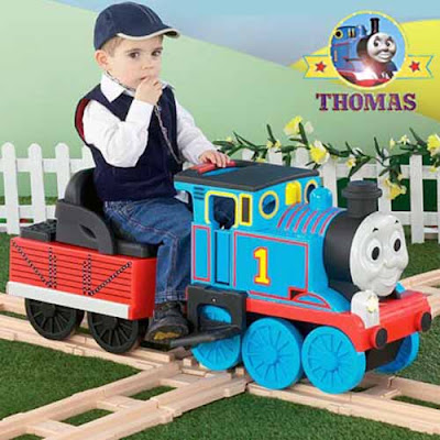 Quality Italian manufacturer Peg Perego battery operated Thomas track rider ride on train toy set