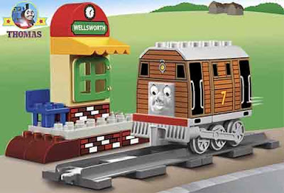 Delightful educational toddlers toy bricks Duplo railway line Lego Thomas the train Toby tram engine