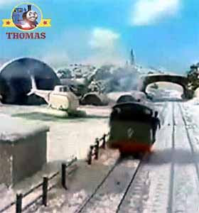 Winter adventure Percy the train steaming to the Thomas and friends Harold the helicopter airfield