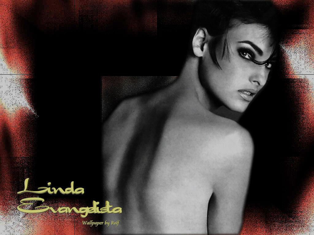 http://2.bp.blogspot.com/_p2EstT5Z5BU/THh6QjBFYnI/AAAAAAAAAiI/SyXkDjuirCU/s1600/Linda+Evangelista+Wallpapers+3.jpg