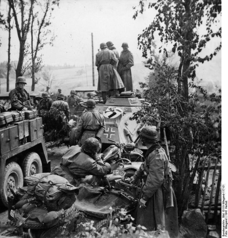 Nazi jerman divisi panzer ss ke 3 totenkopf divisi yang for Div p