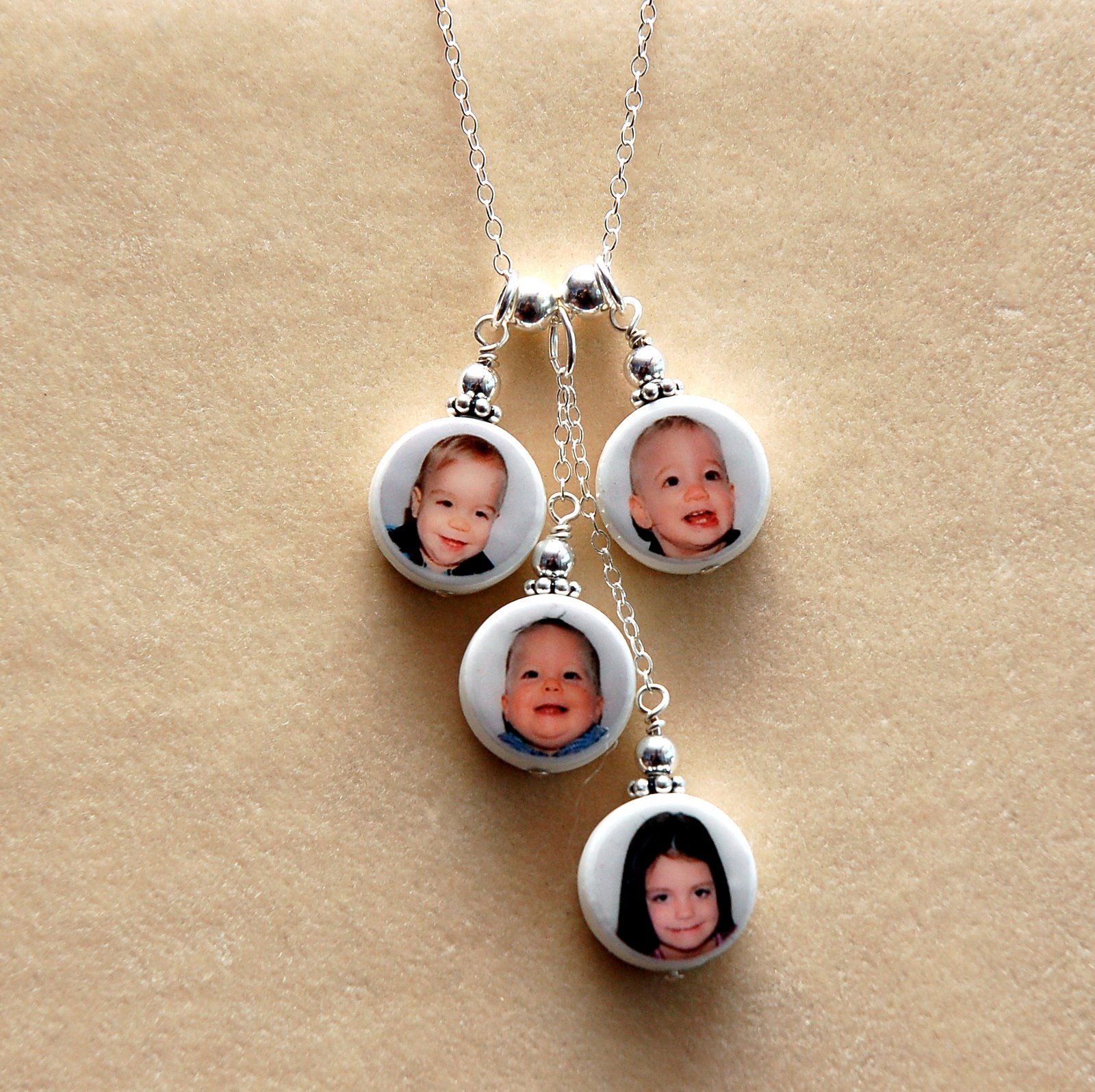 [mothers+day+necklace]